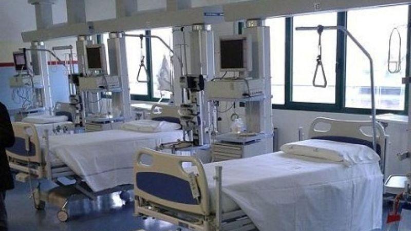 Donna incinta di due gemelli muore in ospedale a Crotone