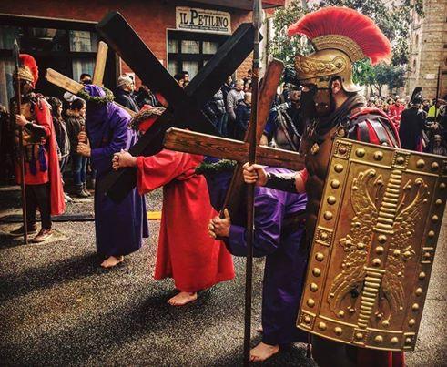Annullata causa pioggia la processione di rientro del Calvario.