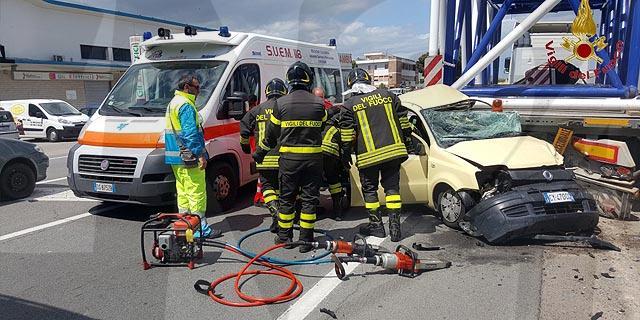 Ennesimo incidente mortale sulla strada statale 106