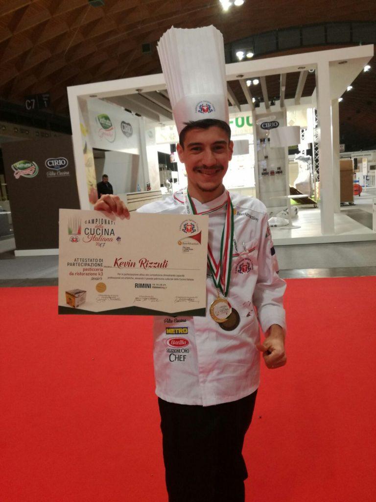 Il petilino Kevin Rizzuti vince i Campionati italiani di Alta Cucina