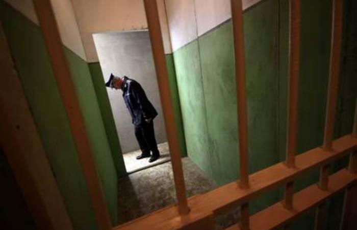 Protesta della Polizia penitenziaria del carcere di Crotone.