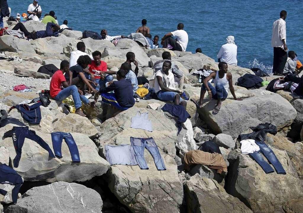 20 migranti trasferiti da Ventimiglia a Crotone