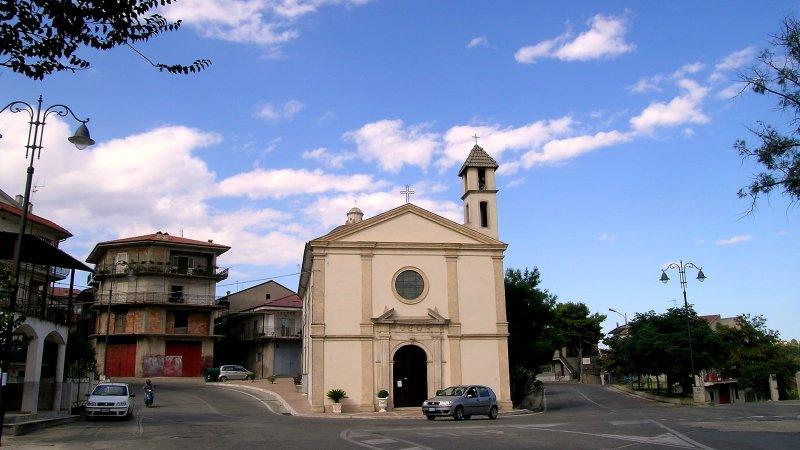 Il sindaco di San Mauro Marchesato presente alle cerimonie funebri a nome di tutta la comunità