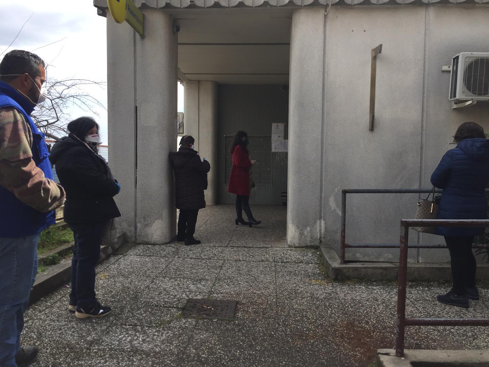Bancoposta ancora fuori servizio a Petilia, file inevitabili