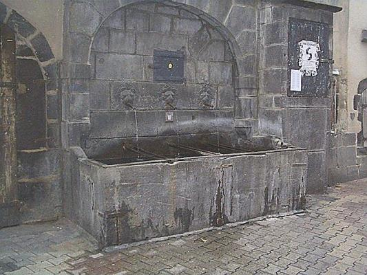 Fontaine Des Petits Gras Clermont Ferrand 63 63000 Http