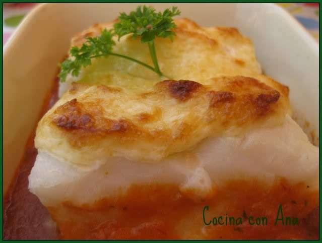 Bacalao al horno con salsa vizcaina y mayonesa al ajo Receta Petitchef