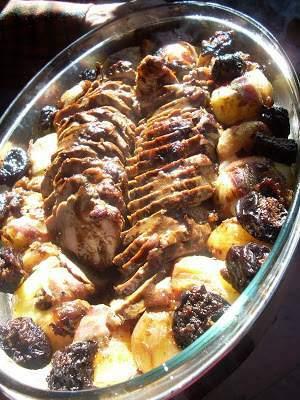 Filetto di maiale prugne e patate in camicia Ricetta
