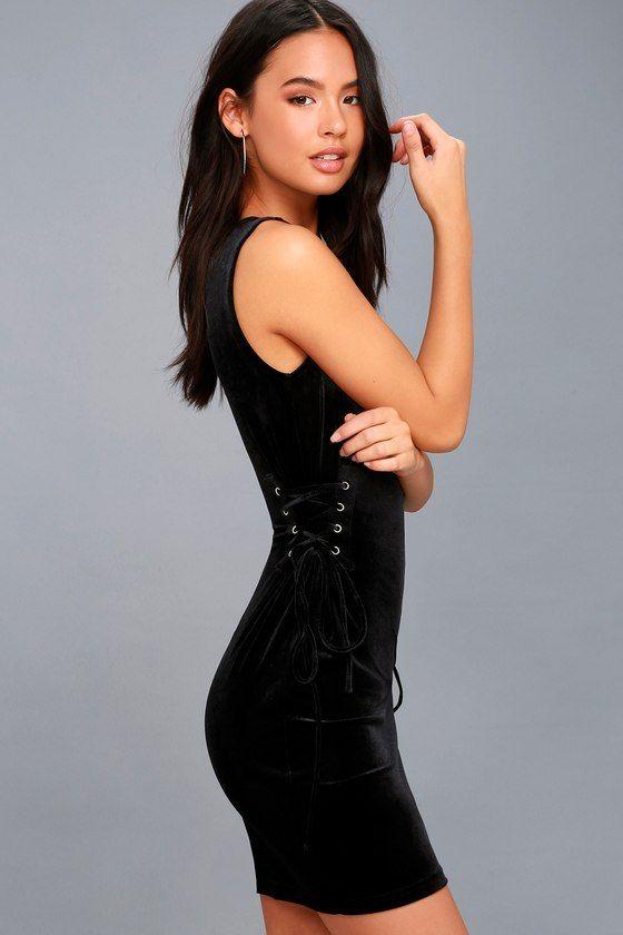 CAPTURE MY ATTENTION BLACK VELVET LACE-UP BODYCON DRESS