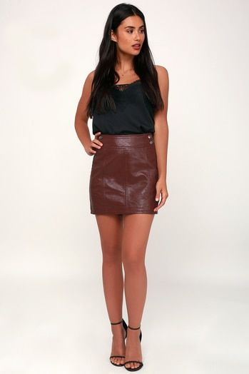RETRO BURGUNDY VEGAN LEATHER BODYCON MINI SKIRT