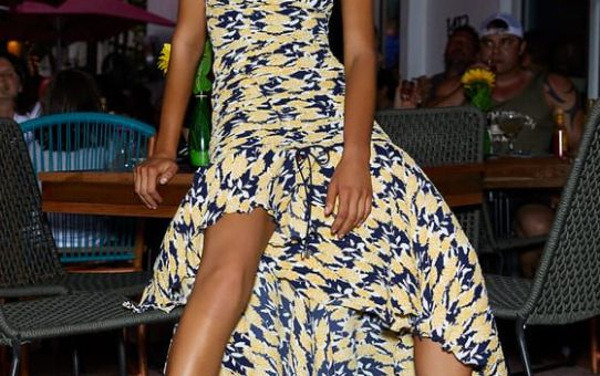 ENLIGHT NAVY BLUE AND YELLOW FLORAL PRINT STRAPLESS MIDI DRESS