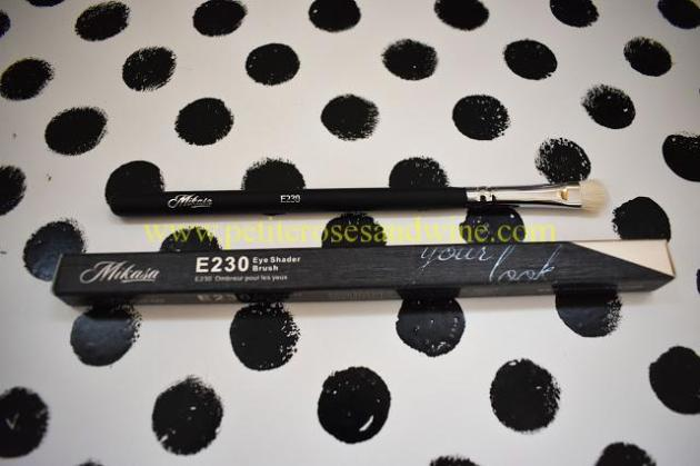 Mikasa230EyeShaderBrush Mikasa Beauty Brushes:: Complete Eye Set & Lemon Drop Review MAKEUP