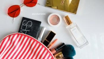 inside makeup pouch