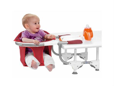 Voyager avec bébé chaise haute portative nomade Chicco 360