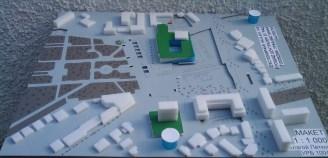 Многоетажен паркинг при Хотел Тримонциум и бившия Партиен дом