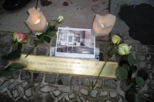 Die Stolperschwelle für die Synagoge in der Stierstraße 21
