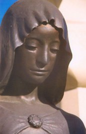 szent-borbala-szobor-reszlet