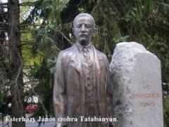 Esterházy János szobra Tatabányán