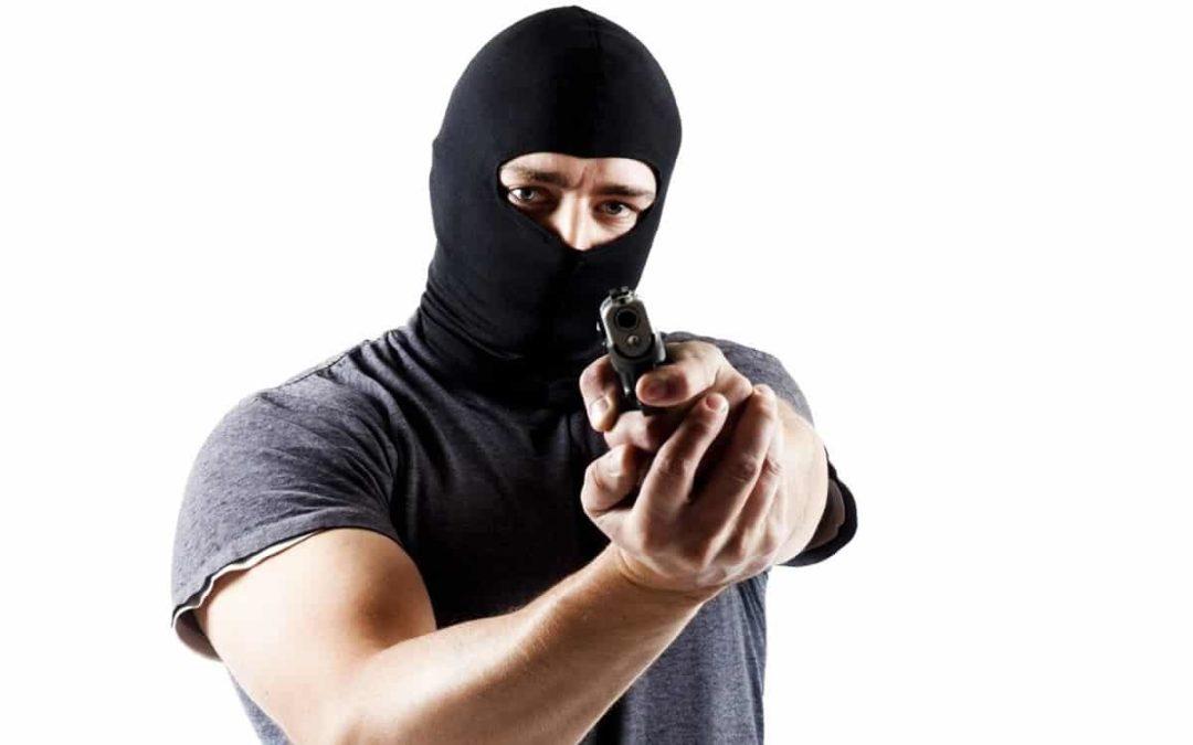 Se você não é um criminoso, certamente conhece um, saiba o motivo