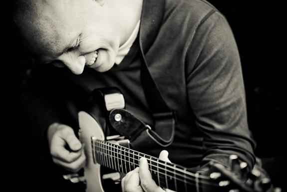 Randy Morser playing guitar