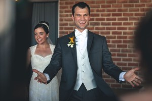 bride-and-groom-arriving-at-reception-annapolis