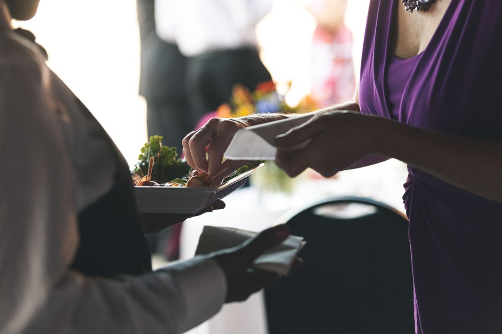 candid-catering-choosing-food