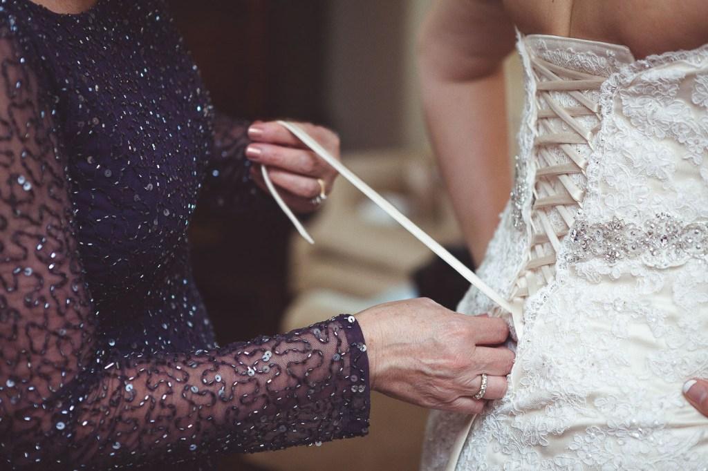 lacing-up-wedding-dress