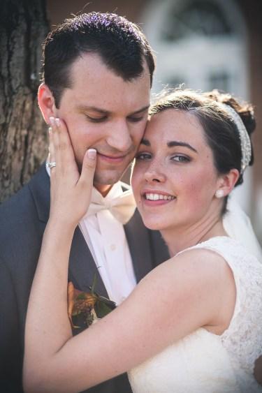 wedding-couple-in-love