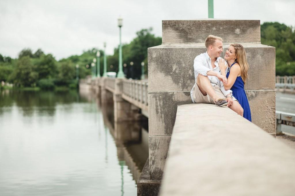 engaged-couple-tidal-basin-dc