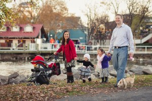 founders-park-alexandria-family-portrait-petruzzo-photography-15
