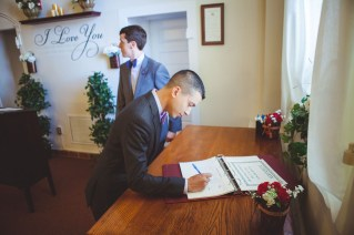 Brett and Justin's annapolis courthouse wedding with Petruzzo Photography 08