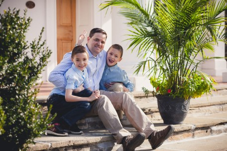 beautiful-family-revisits-the-glenview-mansion-petruzzo-photography-02