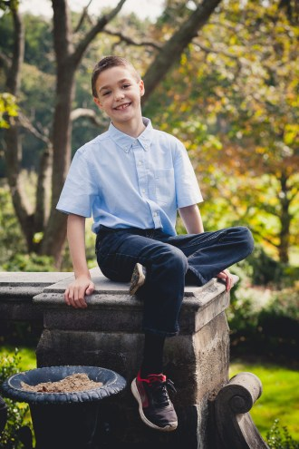 beautiful-family-revisits-the-glenview-mansion-petruzzo-photography-18