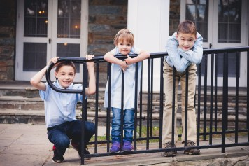 beautiful-family-revisits-the-glenview-mansion-petruzzo-photography-21