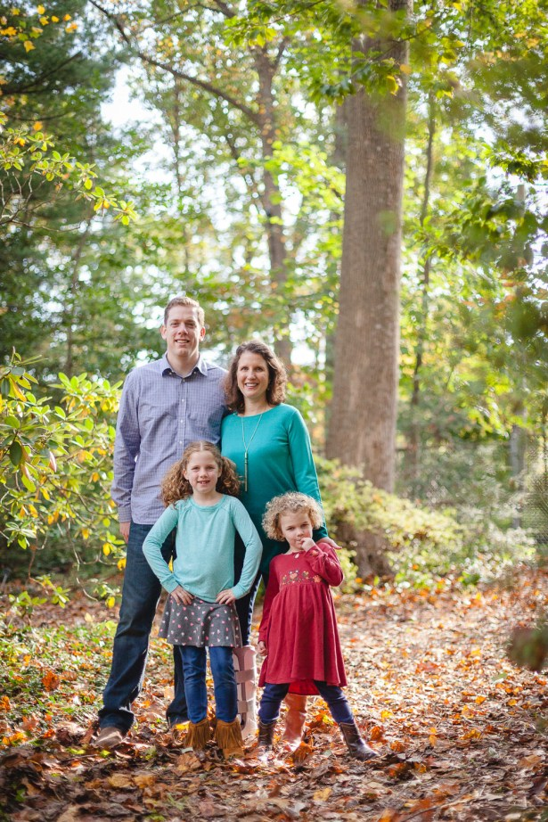 petruzzo-photography-family-in-the-forest-bethesda-01