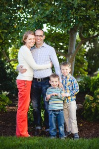 petruzzo-photography-family-at-windmill-hill-park-in-old-town-alexandria-21