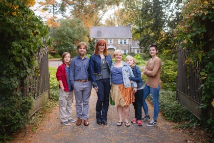 petruzzo-photography-big-family-in-bethesda-maryland-mccrillis-gardens-01