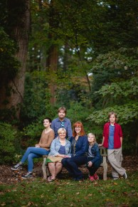 petruzzo-photography-big-family-in-bethesda-maryland-mccrillis-gardens-03