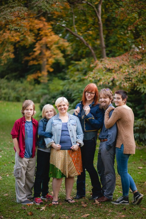 petruzzo-photography-big-family-in-bethesda-maryland-mccrillis-gardens-12