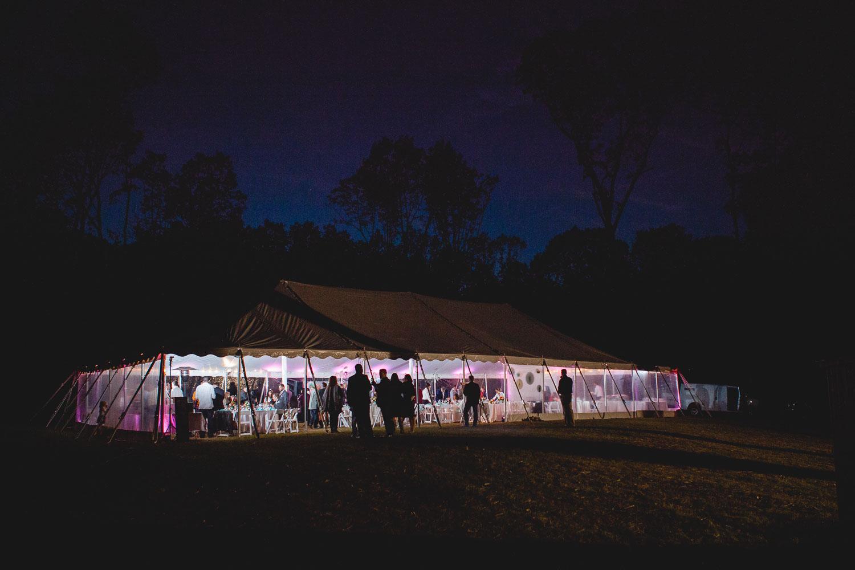 backyard-wedding-with-natures-help-07