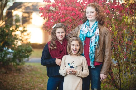 Family Outting Among the Colors of Fall Petruzzo Photography 03
