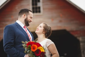 Bright Wedding On a Dreary Day at Linganor Wines 12