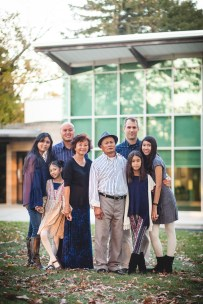 Family at the glenview mansion with felipe sanchez petruzzo photography 04