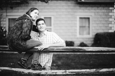 An Engagement Session at the Family Vacation Home 09