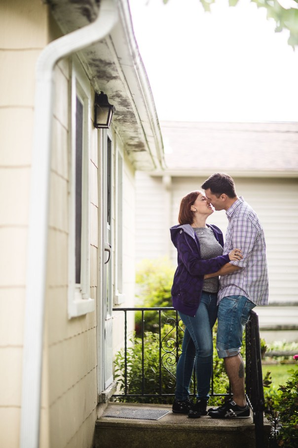 An Engagement Session at the Family Vacation Home 20