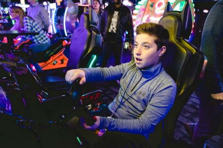 A Bar Mitzvah at Dave and Busters Petruzzo Photography Felipe Sanchez 35