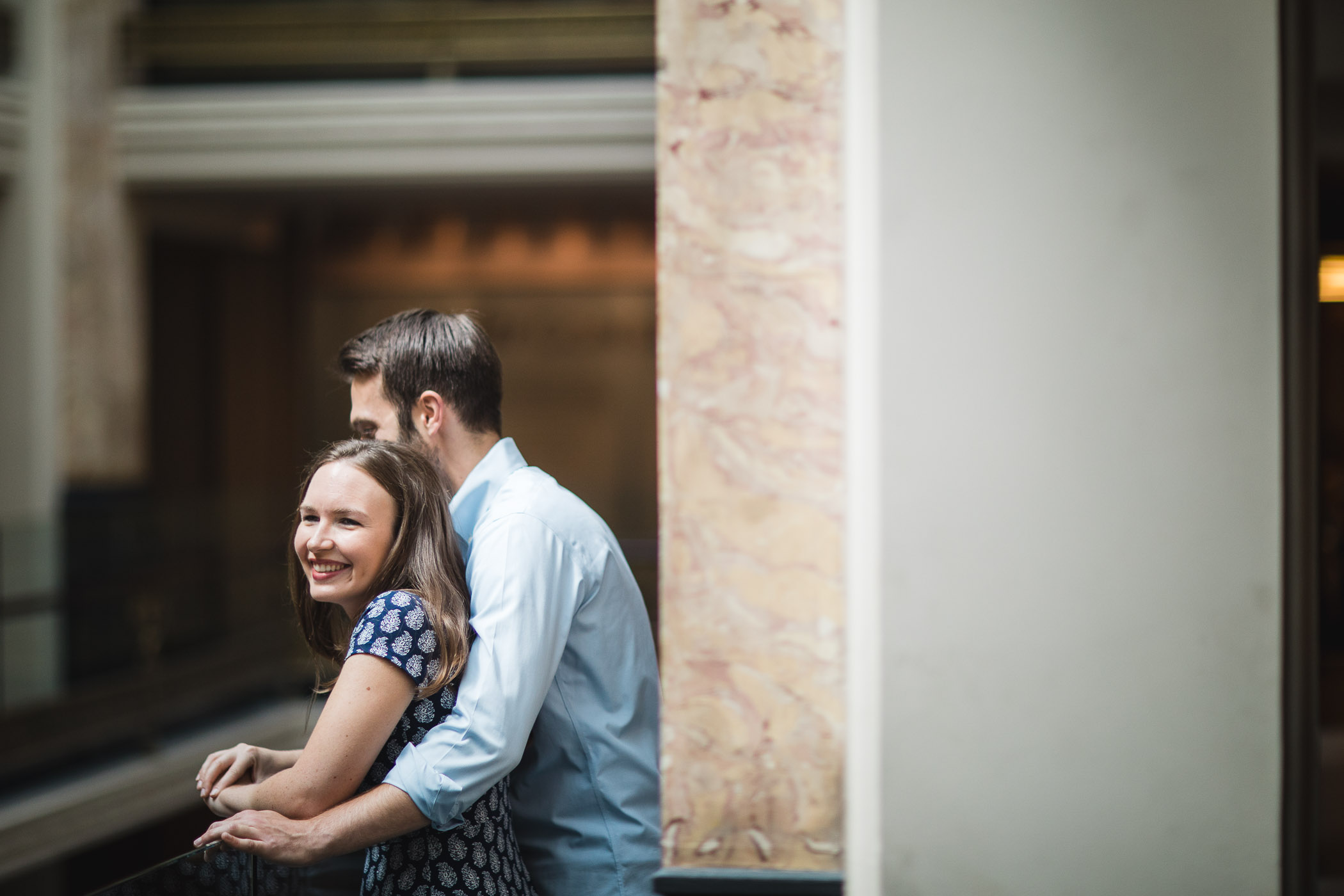 An Engagement Session Through the Halls of the National Portraits Gallery 03