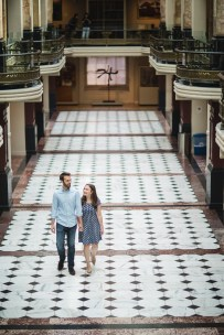 An Engagement Session Through the Halls of the National Portraits Gallery 04