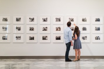 An Engagement Session Through the Halls of the National Portraits Gallery 19
