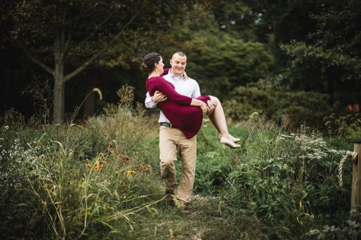 This Couple's Engagement Session in White & Maroon 23