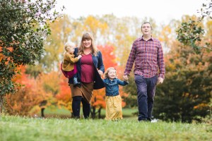 A Colorful Two-Part Autumn Family Session from Felipe 28